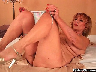 Plump grandma fucks his cock with her unshaven pussy | cockgrandmaplumppussy