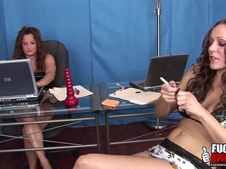 Lesbian babes spitting on each other | lesbianspitting