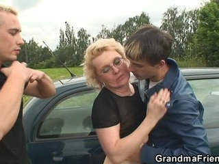 Two dudes pick up old bitch and screw her hard | bitchdudeolderpickup