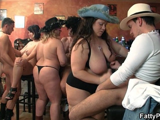 Group fat orgy in the pub | fatgrouporgy