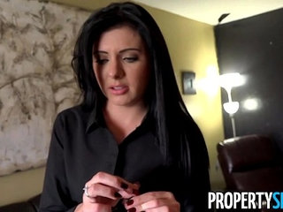 PropertySex Pretty real estate agent with southern accent fucks her client | agentpretty